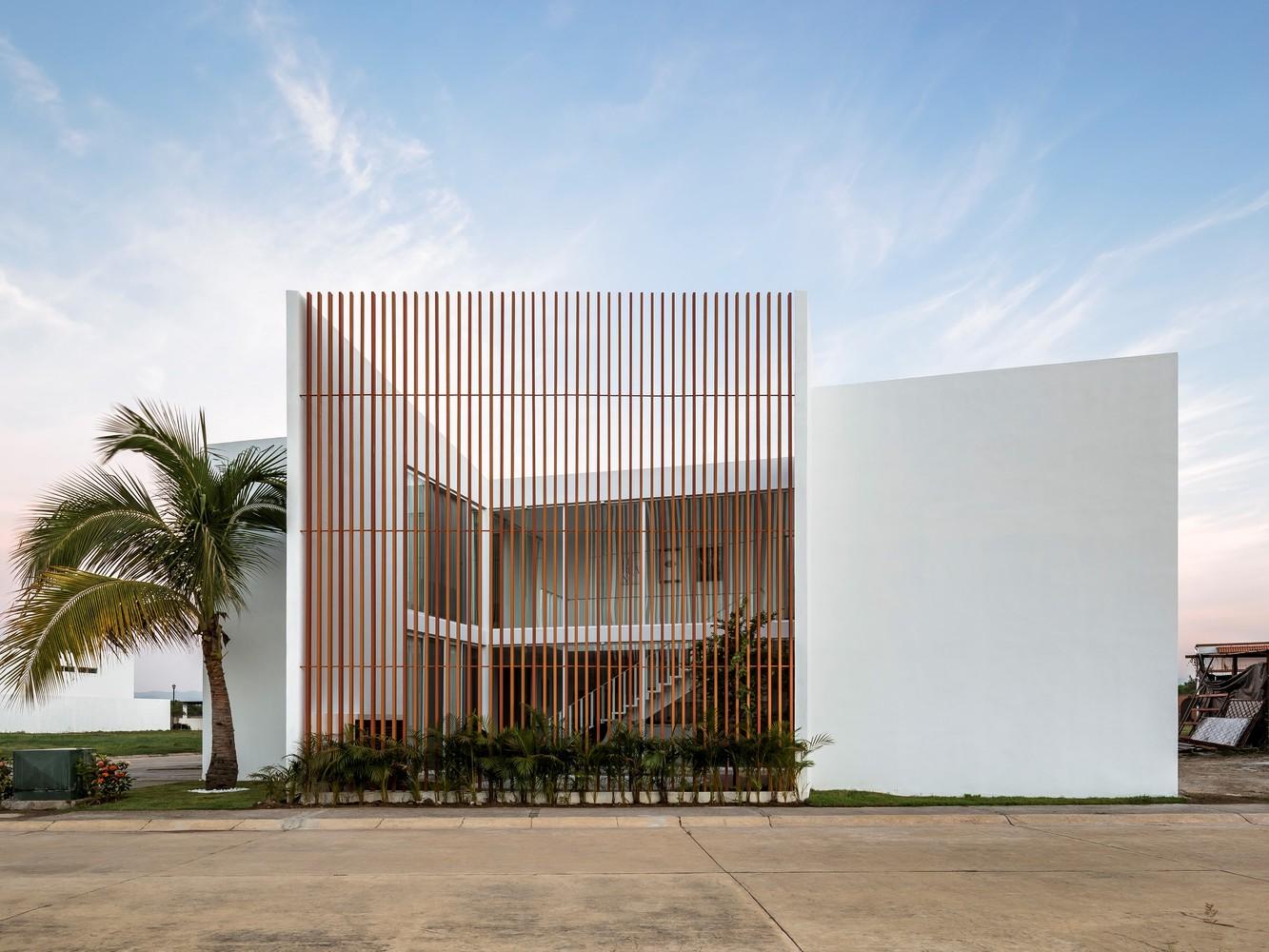Casa Calicanto / REA Studio